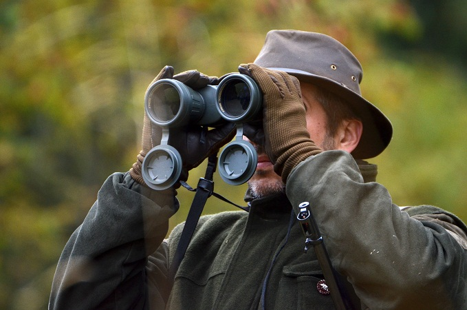 hunter-using-binoculars.jpg